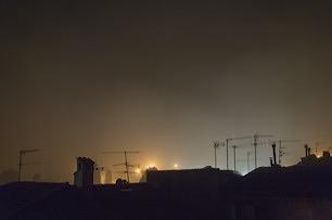 09-brume-la-nuit-sur-les-toits-juin-2016_306px.jpg