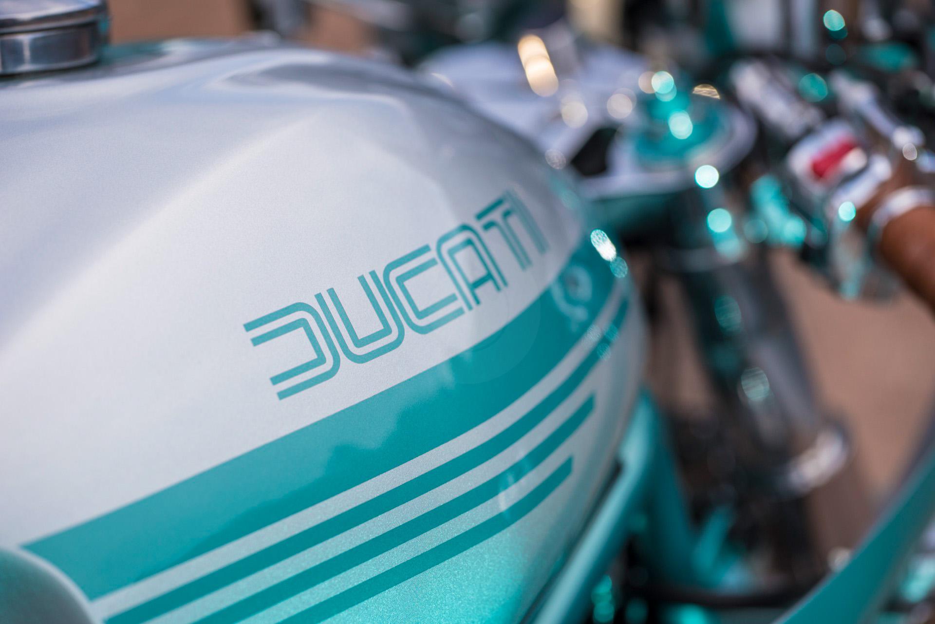 069-ducati-900-dec-2017-1920-px