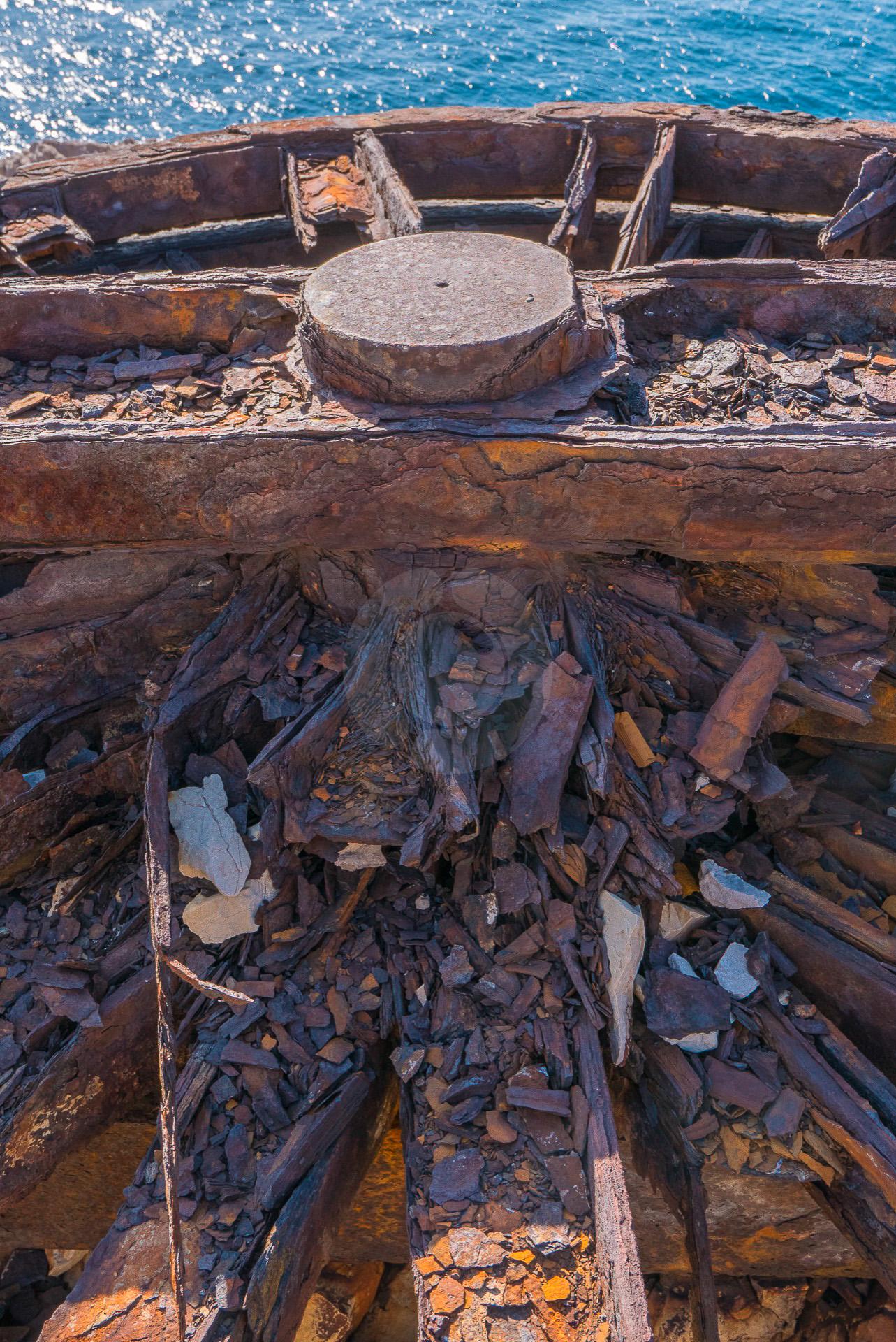 Les restes de l'ancien téléscaphe des Goudes installé en 1967